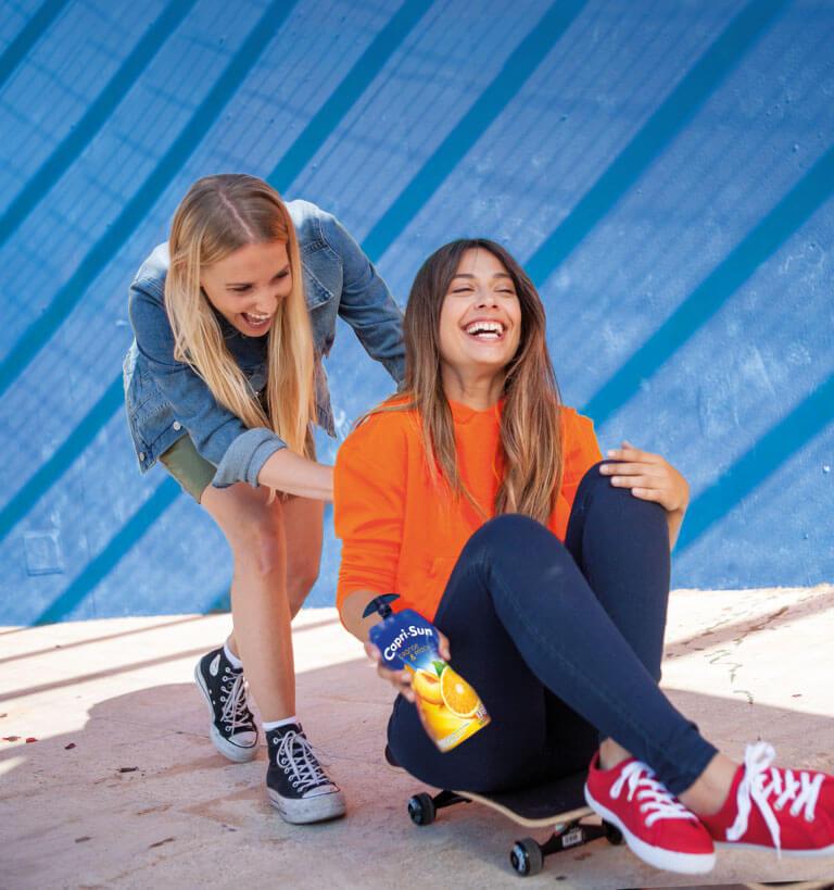 maedchen-skateboard-spaß-s