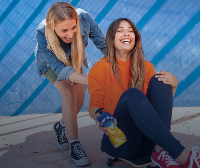 maedchen-skateboard-spaß-tb